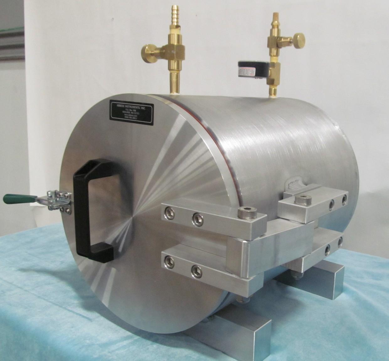 Horizontal aluminum round vacuum chamber